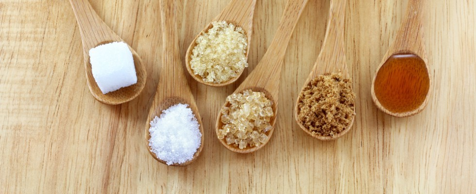 Otto dolcificanti naturali da utilizzare al posto dello zucchero raffinato