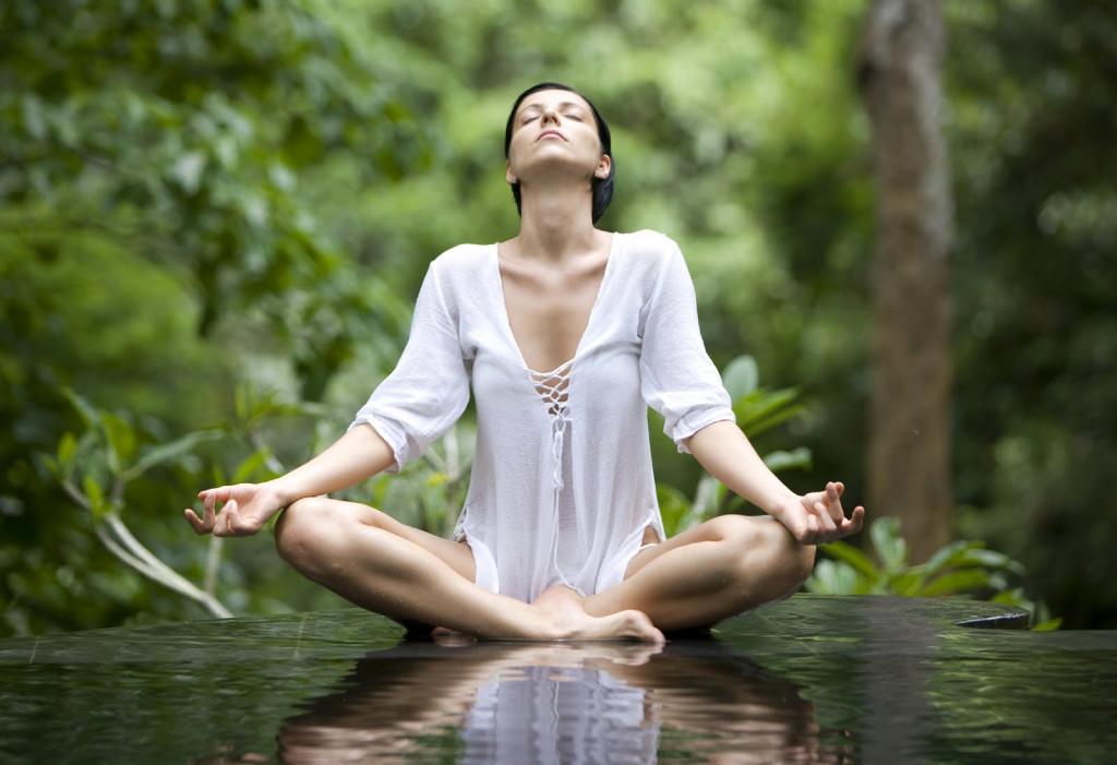 Le tecniche di pranayama aiutano a riequilibrare l'energia e a calmare la mente