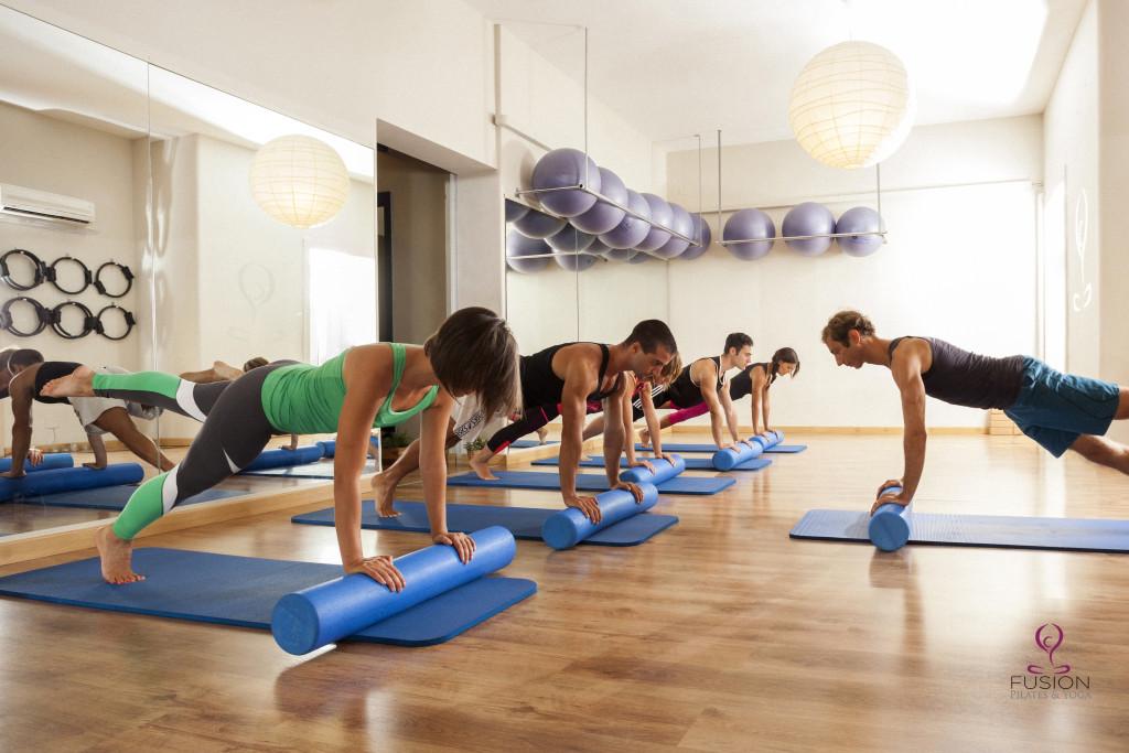 Meglio praticare Pilates in studio o in palestra?