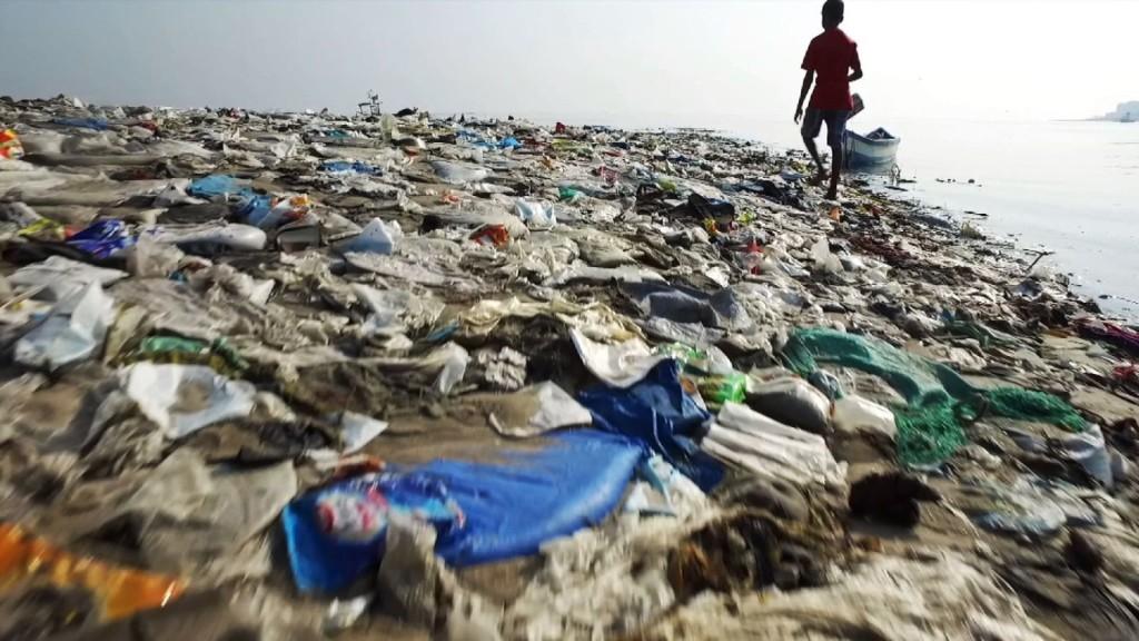 Ocean rescue è la campagna ideata da Sky per sensibilizzare sull'utilizzo della plastica che sta uccidendo gli oceani