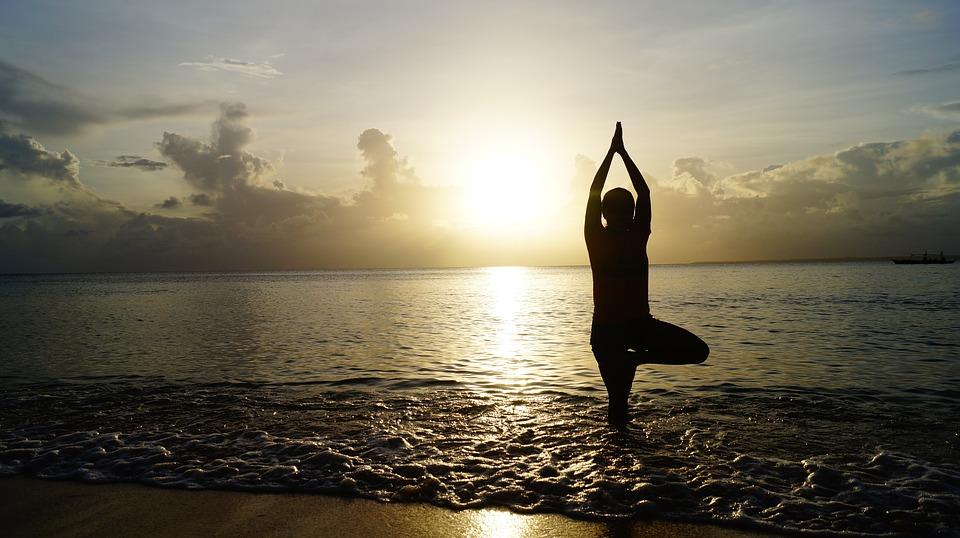 Tutte le asana di equilibrio yoga